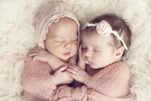 twin-girl-names-popular-and-unique-ideas